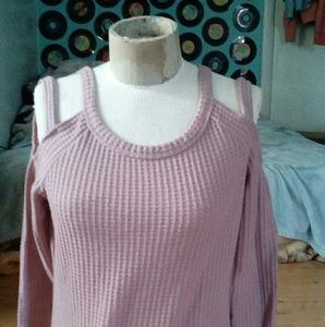 Tops - Sweater Shirt with shoulder cut outs